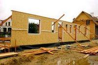 6 Популярных заблуждений о щитовых домах и домах из клееного бруса