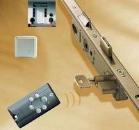 Безопасность бизнеса начинается с двери. замки kfv siegenia-aubi. системы антипаники kfv зигениа-ауби