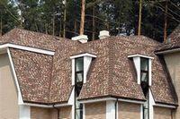Чем крыть крышу: металлочерепицей или мягкой кровлей?