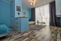 Новый дизайн двухкомнатной квартиры. эксклюзивный ламинат.