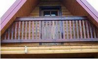 Обустройство балкона в мансарде дома