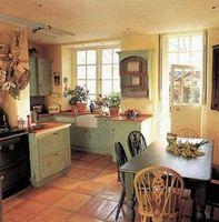 Отделка кухни керамической плиткой в итальянском стиле