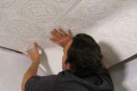 Поклейка обоев на потолок. основные принципы