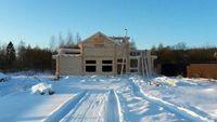 Преимущества строительства срубов из зимнего леса