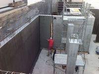 Строительные компании осуществляют гидроизоляционные работы и кровли и фундамента зданий