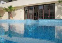 Уход и обслуживание бассейнов